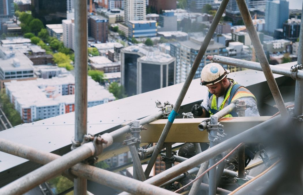 Caution Necessary when Distinguishing Contractors and Employees